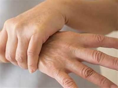 لرزش دست : پیشگیری و روش های درمان